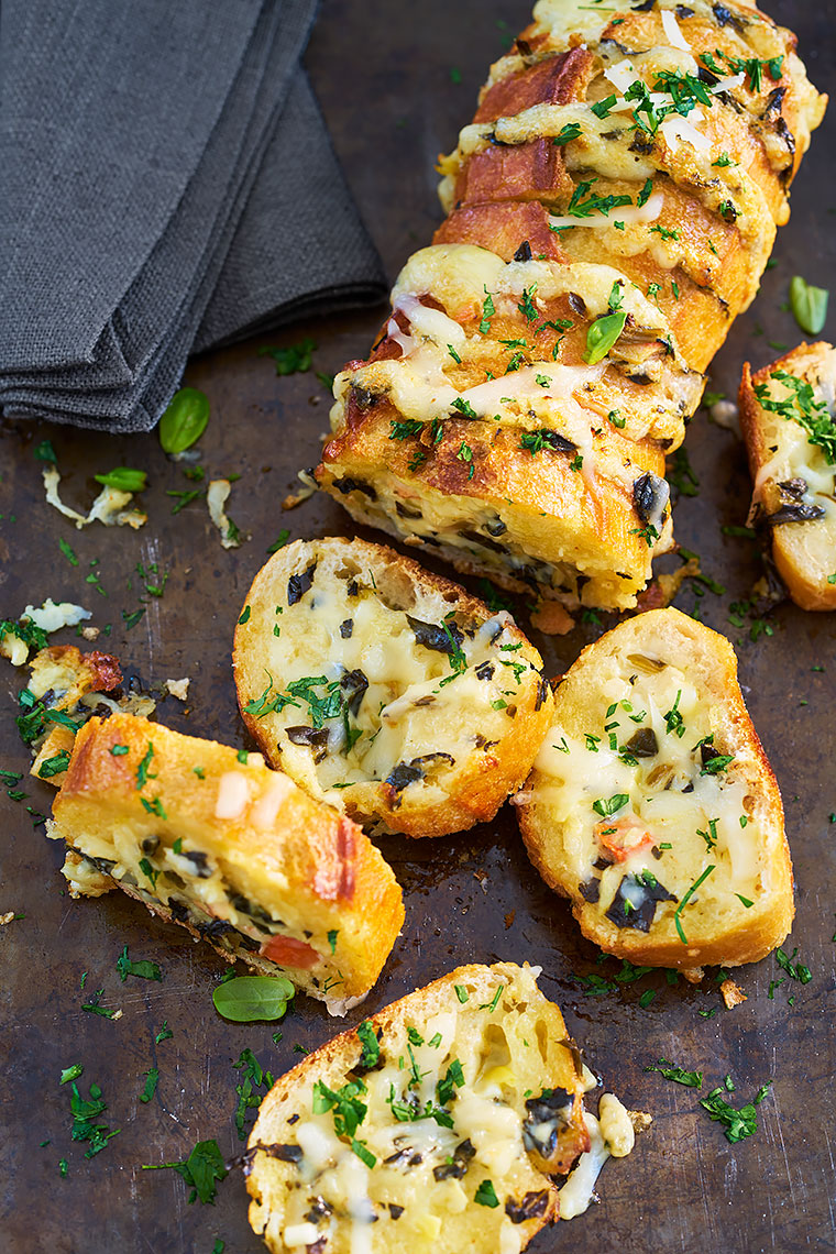 Stuffed-Garlic-Bread