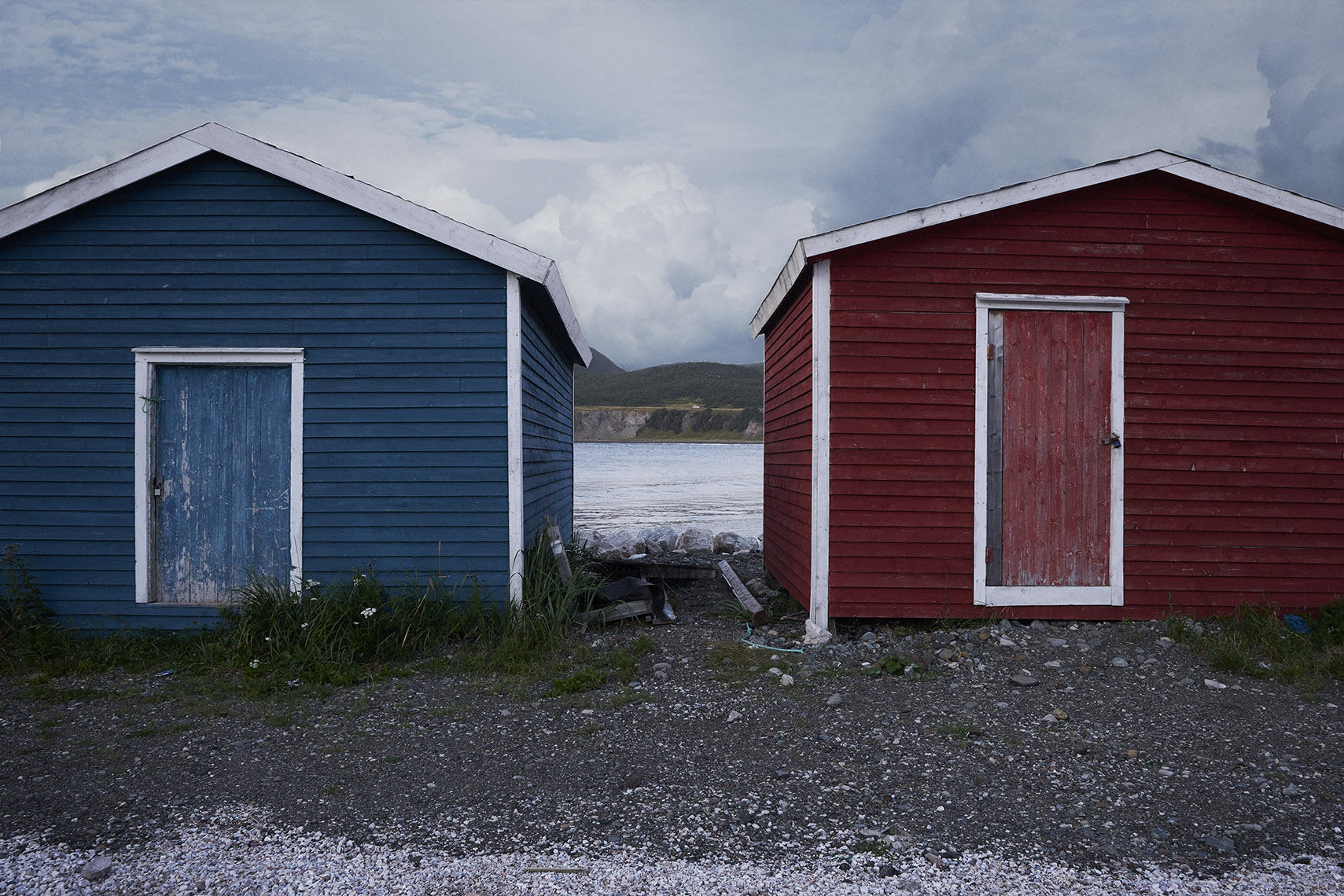 red_bluehuts